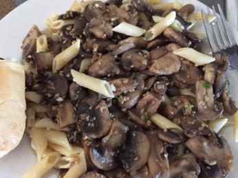 Vegetarian version using mushrooms, Photo: Kelly Dean